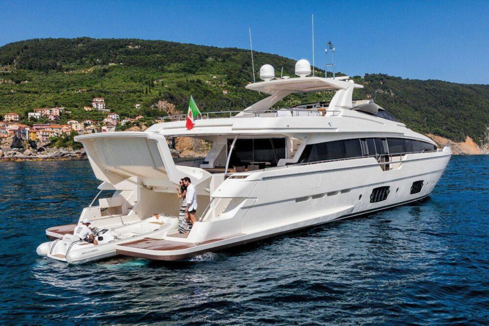 Ferretti Yachts 960 - Exteriror - Ferretti Yachts 960