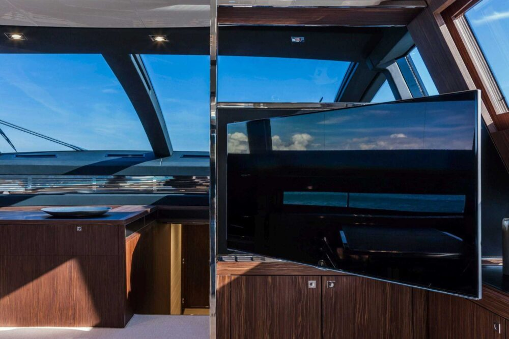 Riva 88′ Domino Super - Interior - Riva 88' Domino Super