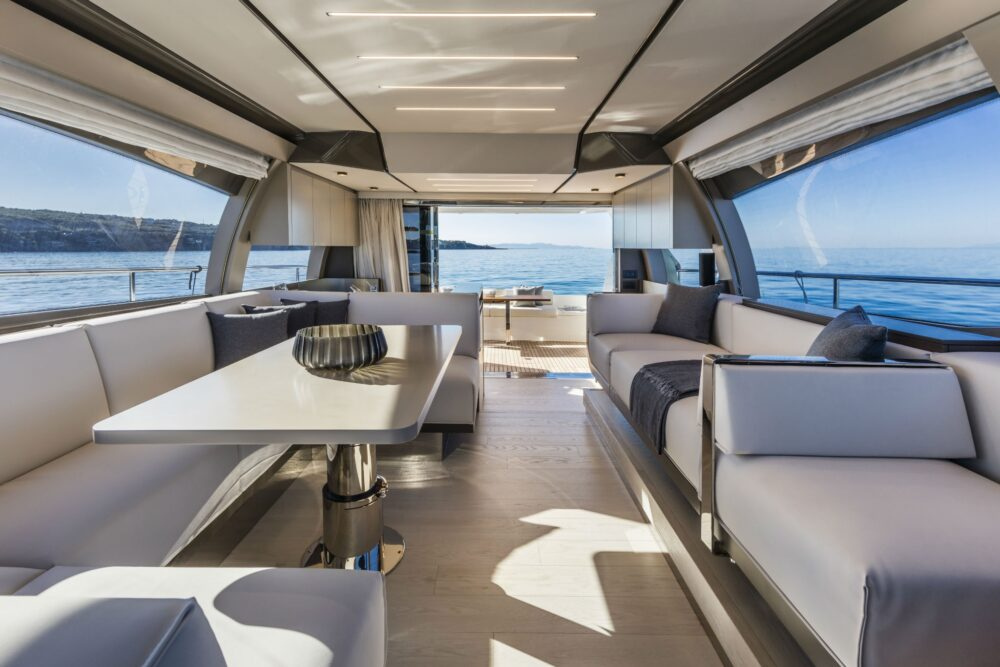 Ferretti Yachts 550 - Featured - Ferretti Yachts 550