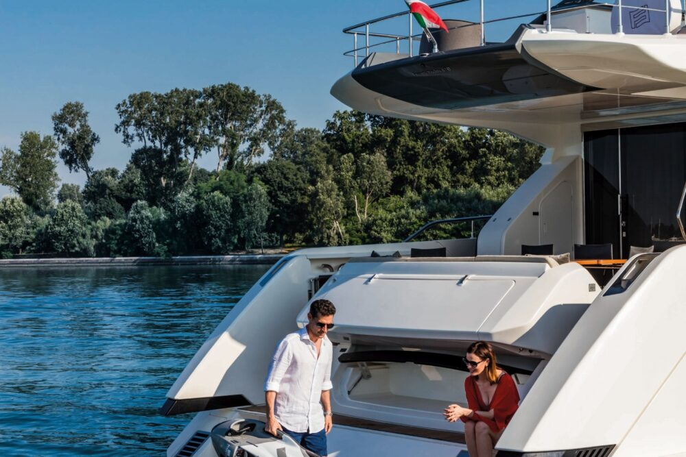 Ferretti Yachts 670 - Featured - Ferretti Yachts 670