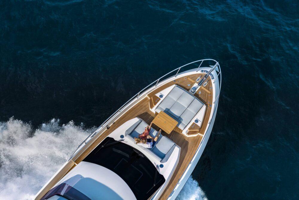 Ferretti Yachts 720 New - Exteriror - Ferretti Yachts 720 New