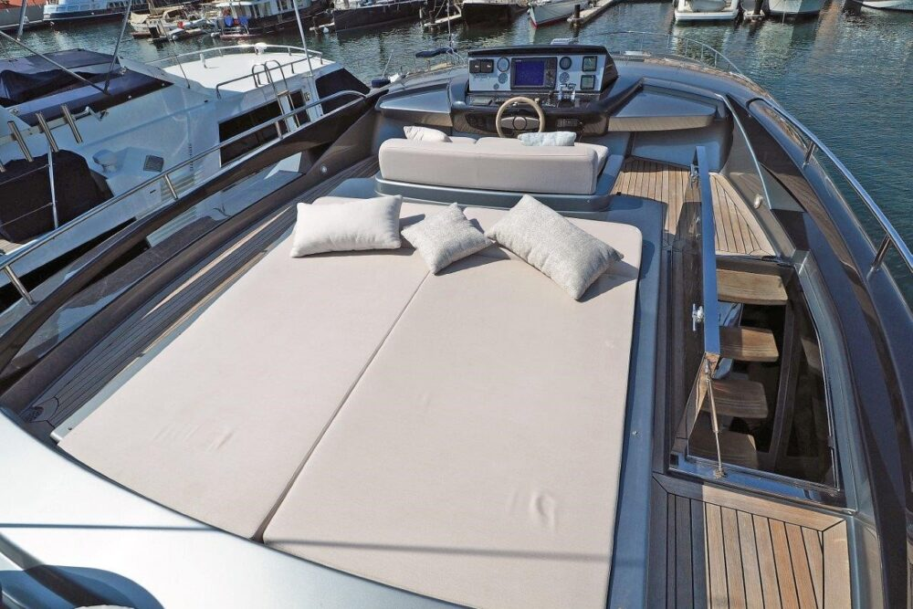 """Riva 86 Domino #14 """"MY CHOICE"""" - Featured"""