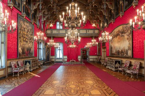 sala-del-trono-castello-miramare