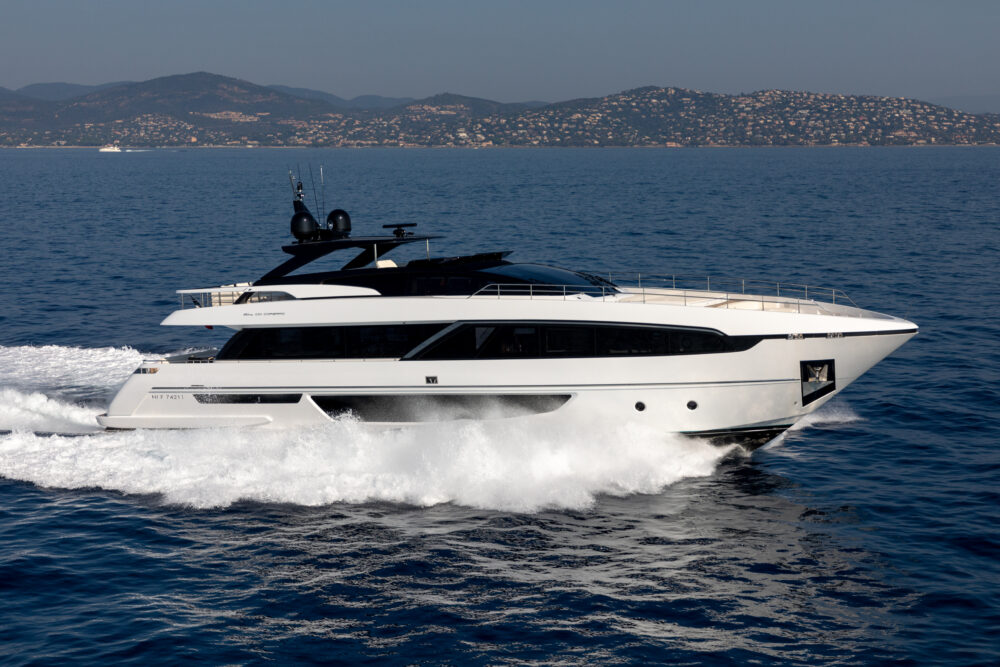 "Riva 100′ Corsaro ""Ralph Seven"" - Featured"