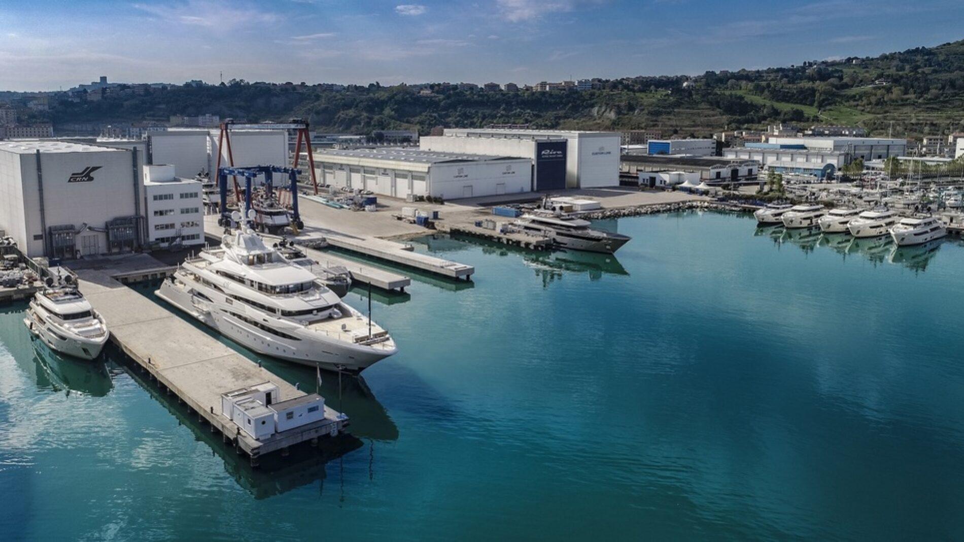4553346_2023_super_yacht_yard_ancona
