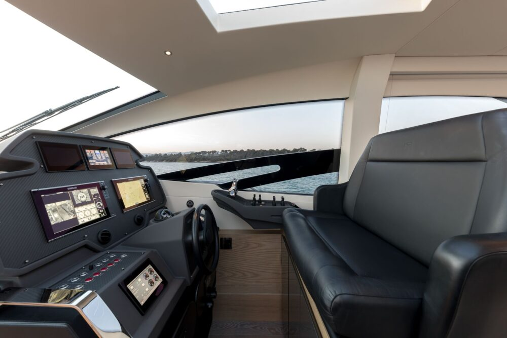 "Pershing 70 ""MX5"" - Featured"