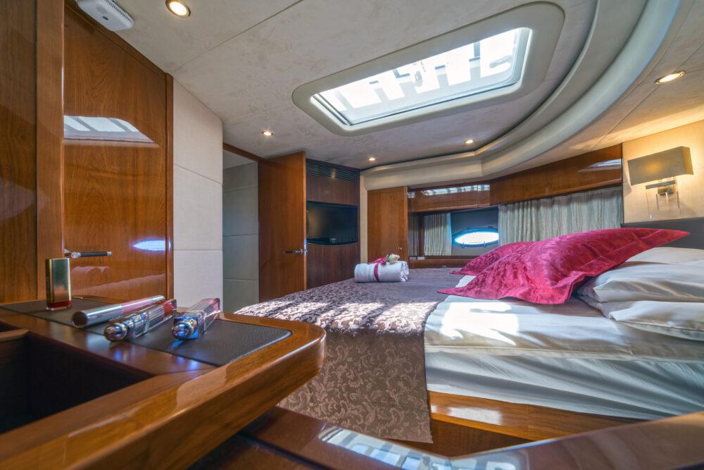 Princess V85 - Interior