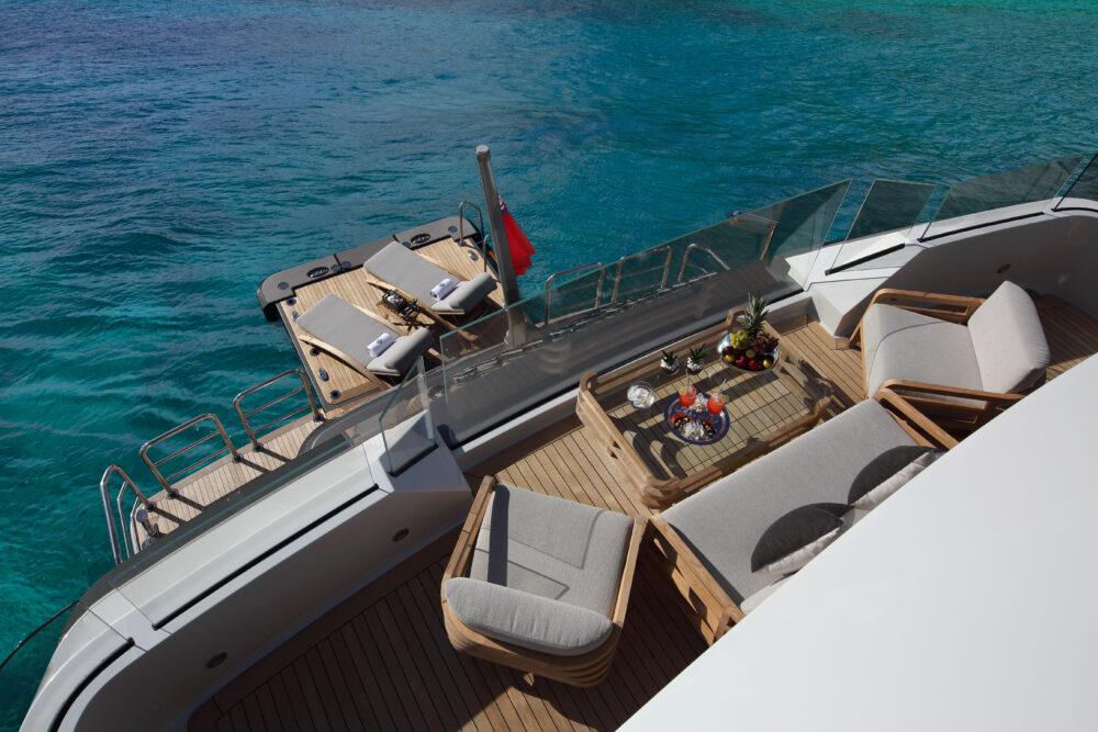 "Crescent Custom Yachts ""MUCHOS MAS"" - Featured"