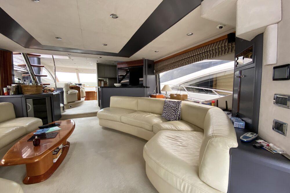Sunseeker 75 Yacht «MARTHA» - Интерьер