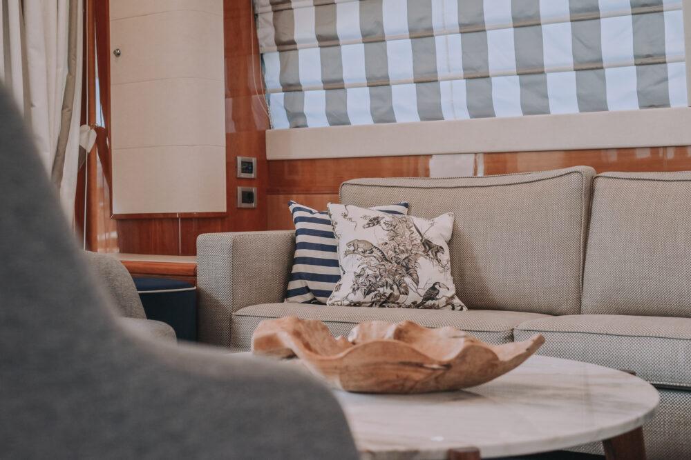 Ferretti Yachts 830 #30 - Interior